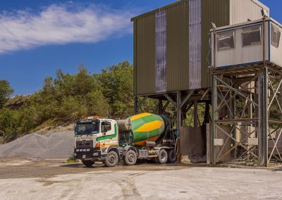 concrete-truck-leaving-batching-plant